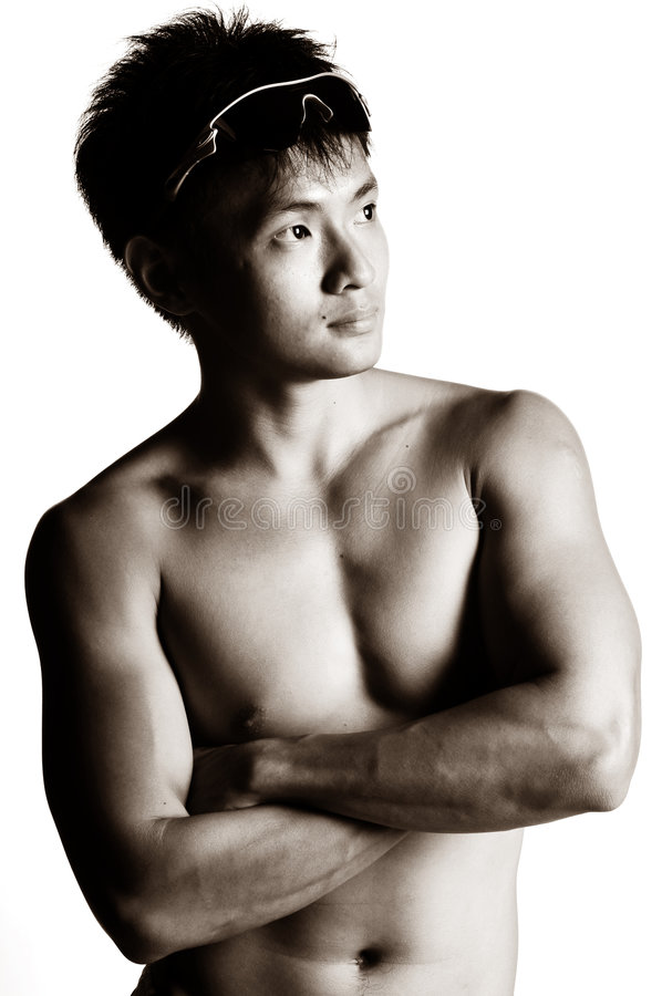 Homme asiatique musculaire photo stock
