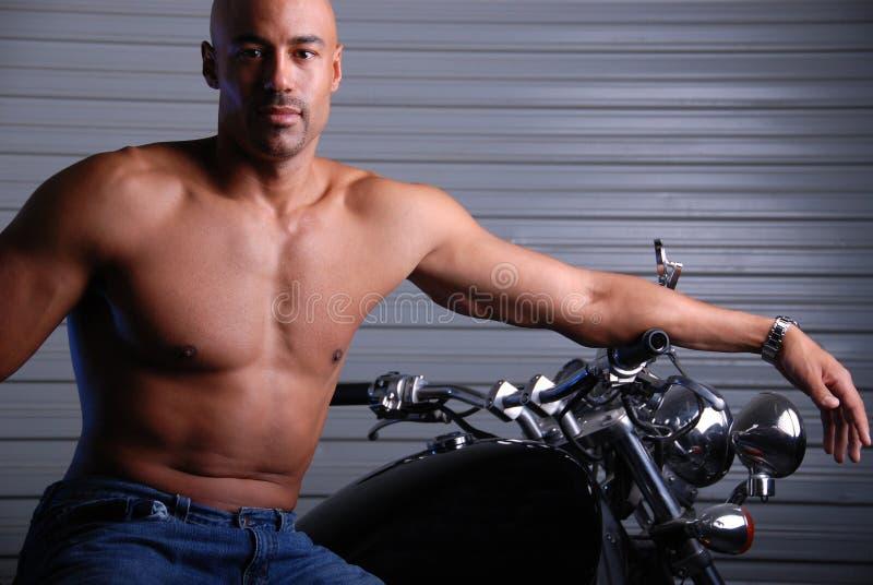 Homme attirant. photo libre de droits