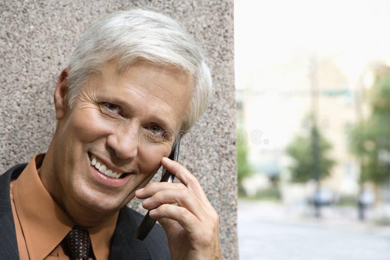 Homme au téléphone. photographie stock libre de droits