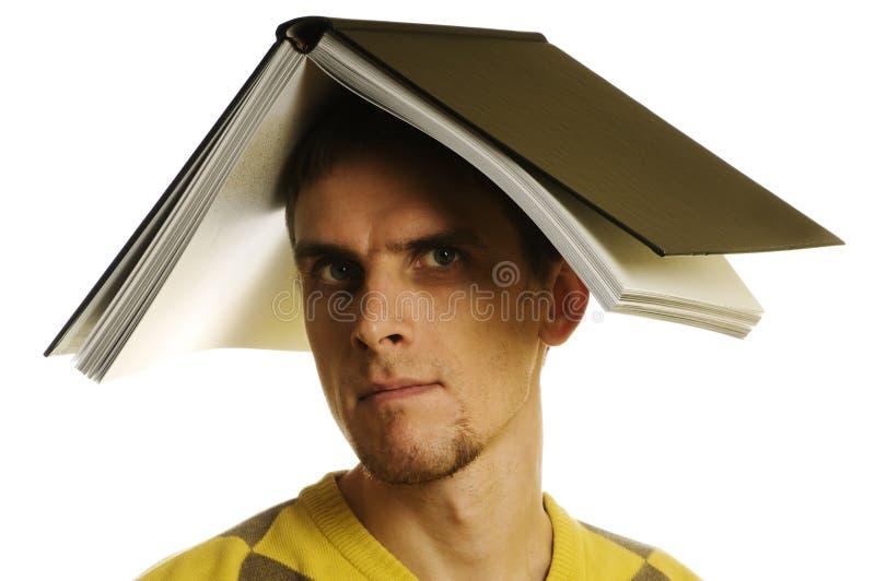 Homme avec le livre images stock
