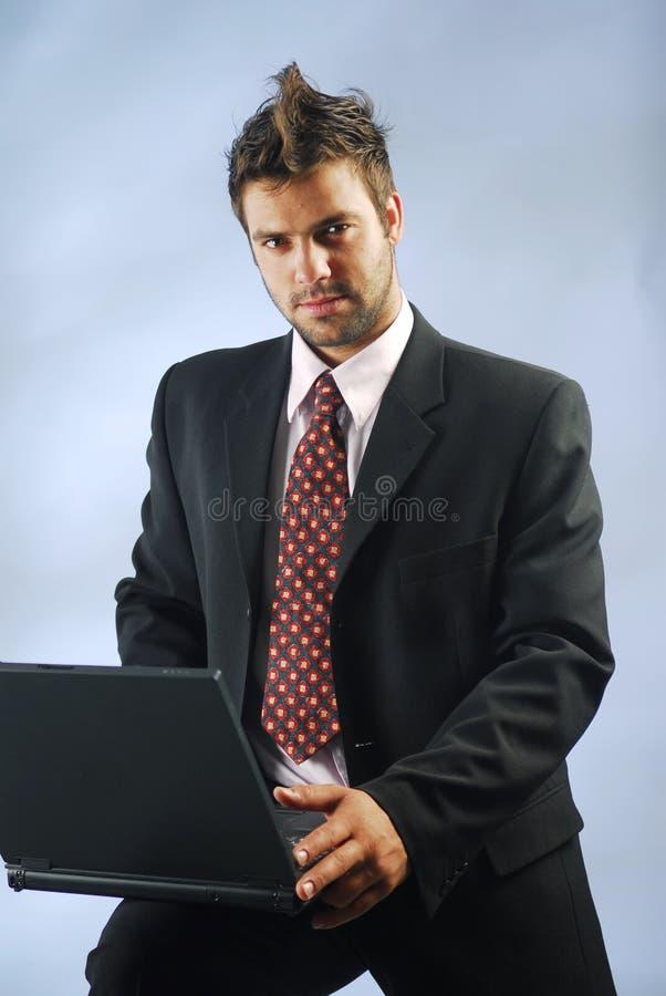 Homme avec un cahier photo stock