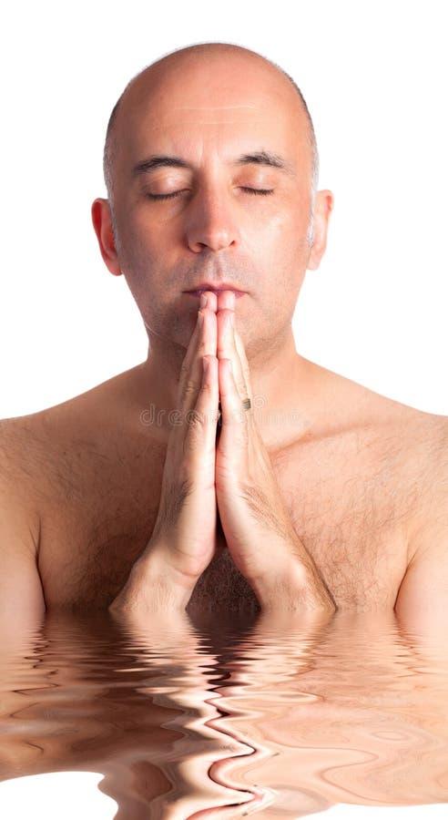 Homme bel dans la méditation photographie stock libre de droits