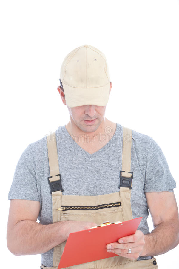 Homme blanc de service tenant le panneau d'agrafe rouge photo libre de droits