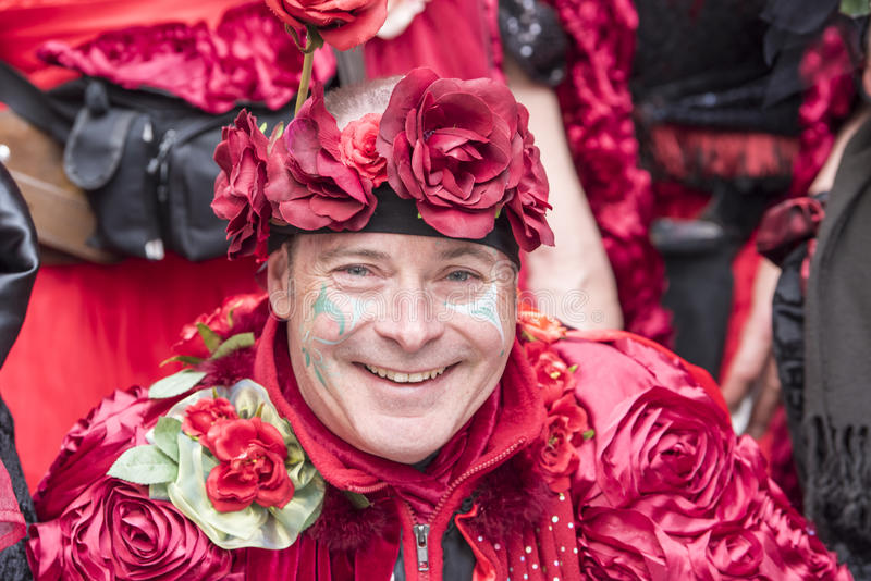 Homme costumé au carnaval Zurich photo stock