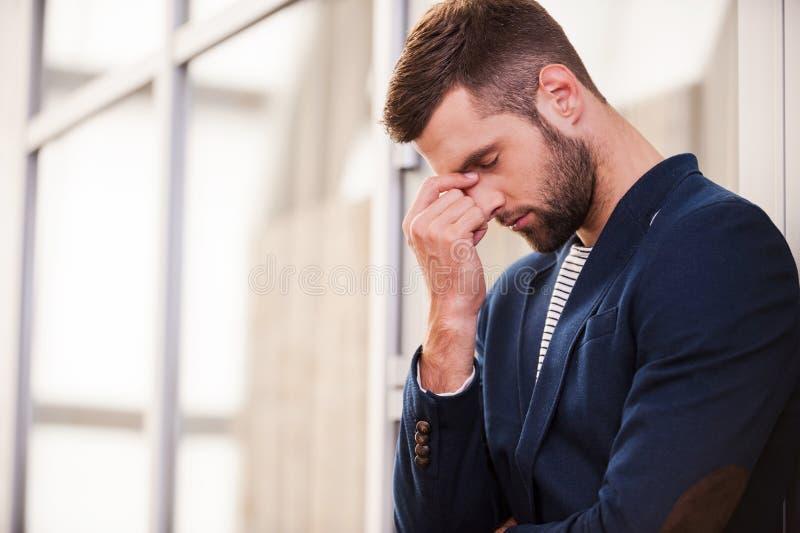 Homme déprimé photo libre de droits