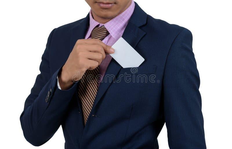 Homme d'affaires asiatique montrant la carte vierge à la main sur un backgrou blanc images libres de droits