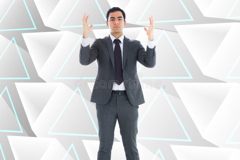 Homme d'affaires austère avec des bras augmentés photo libre de droits