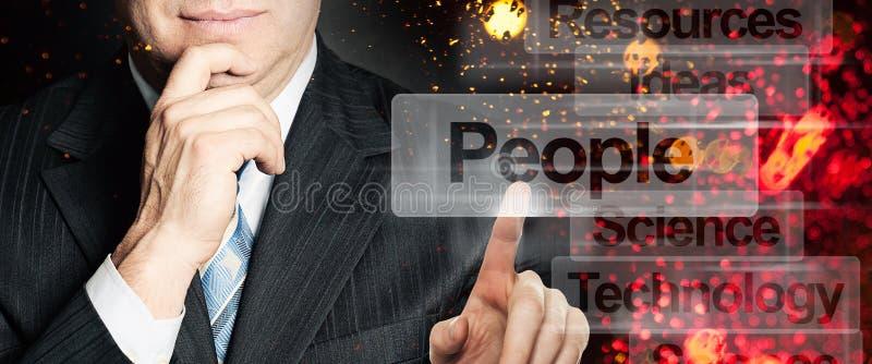 Homme d'affaires avec le web browser virtuel headhunting photographie stock