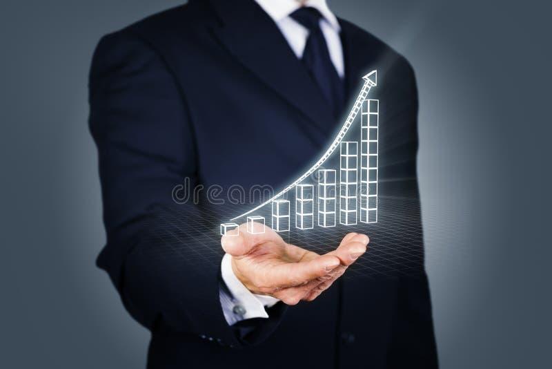 Homme d'affaires avec un diagramme en hausse en mode de wireframe photographie stock libre de droits
