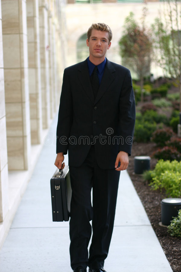 Homme d'affaires bel image stock