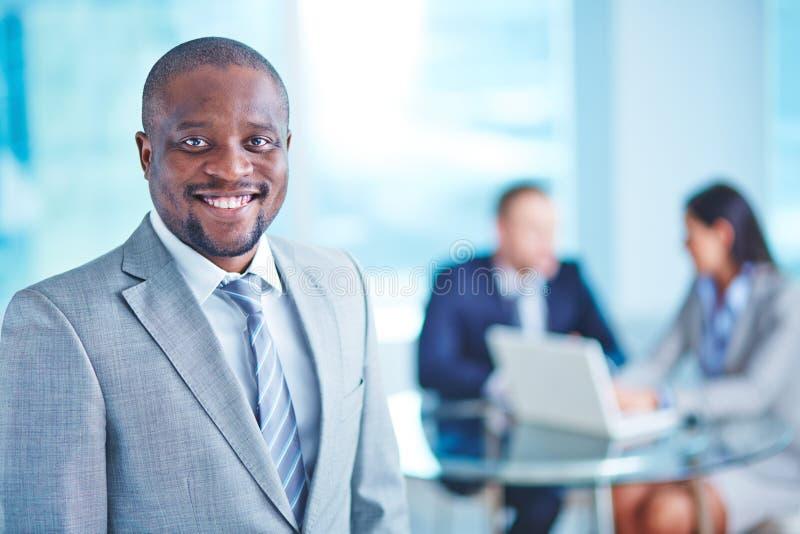 Homme d'affaires dans le costume image libre de droits