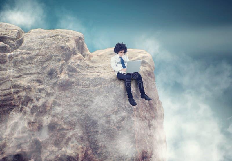 Homme d'affaires dans les nuages image libre de droits