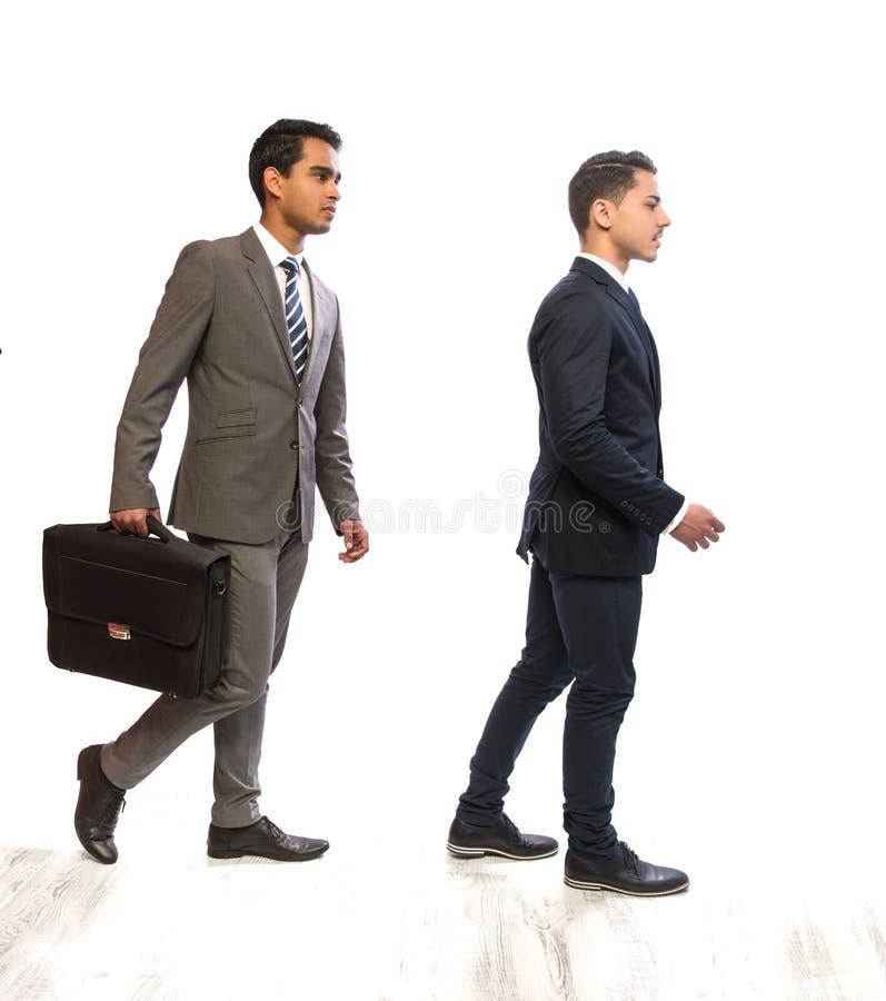Homme d'affaires de deux jeunes dans les costumes photos libres de droits