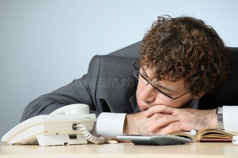 Homme d'affaires de sommeil photographie stock libre de droits