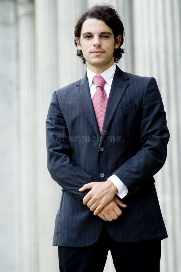 Homme d'affaires debout photo stock