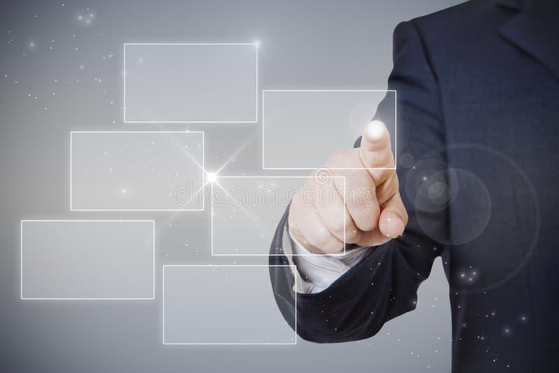 Homme d'affaires dirigeant l'hologramme photo libre de droits