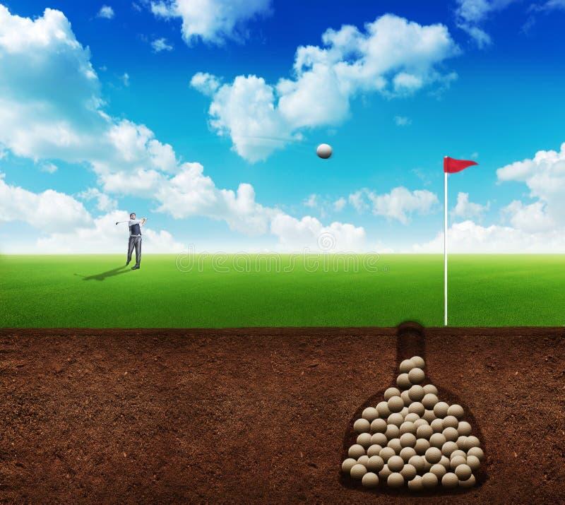 Homme d'affaires jouant le golf illustration stock