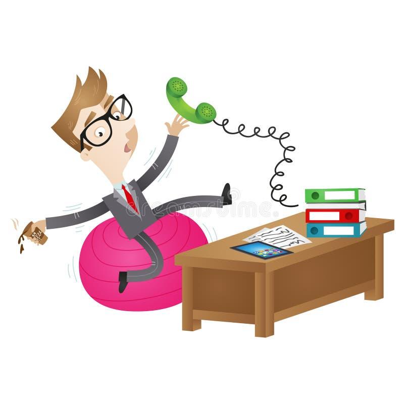 Homme d'affaires maladroit de bande dessinée s'asseyant sur la boule bancale au bureau illustration libre de droits