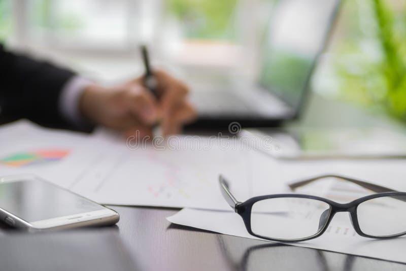 Homme d'affaires Planning Startup de tache floue image libre de droits