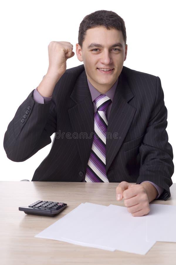 Homme d'affaires réussi au bureau images stock