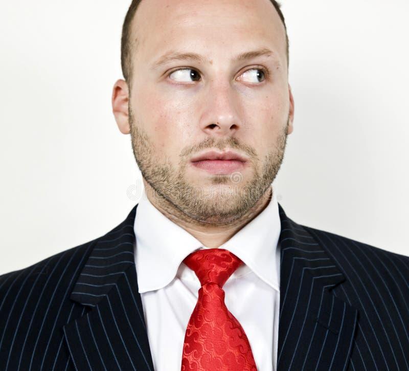 Homme d'affaires regardant fixement image stock