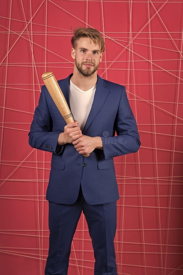 Homme d'affaires Un homme s?rieux 13 Sentez le succ?s Homme d'affaires confiant dans le proc?s Mode formelle masculine Robe de mo photos stock