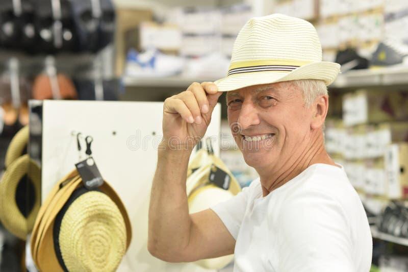 Homme dans le chapeau photos stock