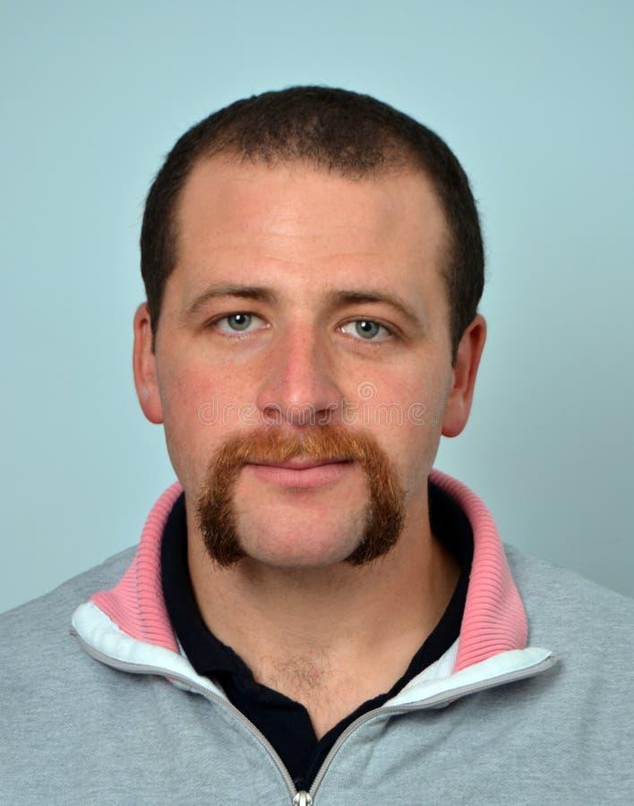 Homme de barbe et de moustache photographie stock libre de droits