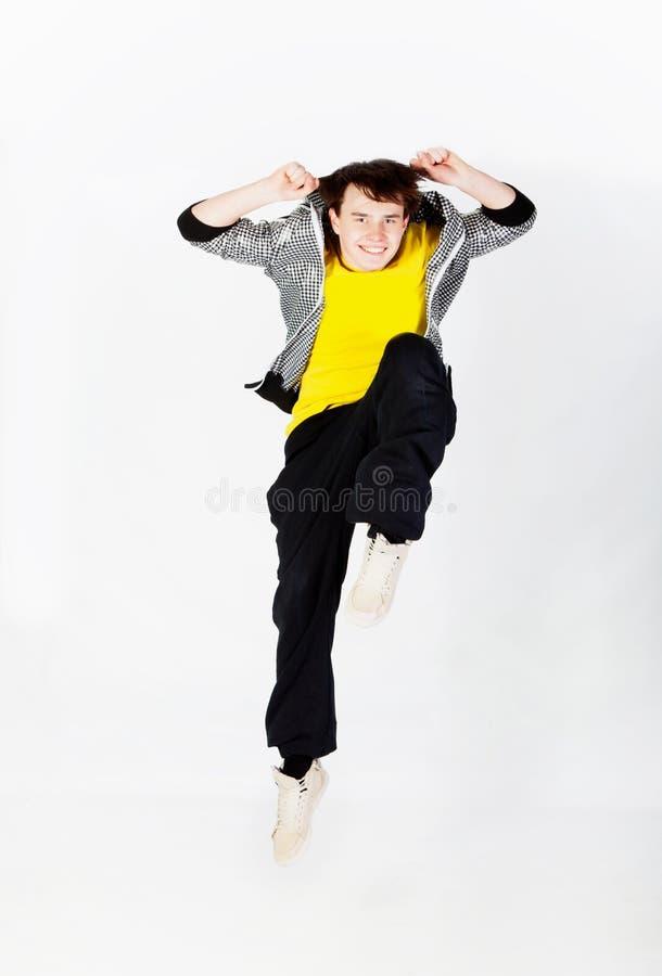 Homme de danse dans le studio photo stock