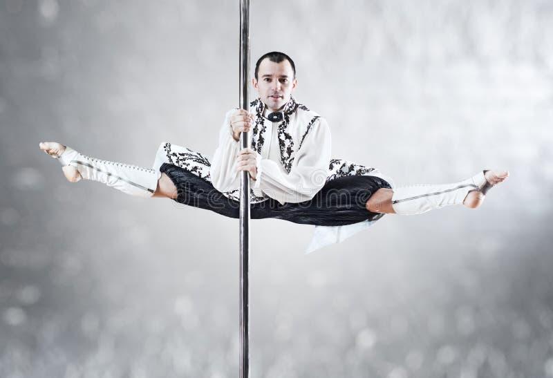 Homme de danse de Pôle images libres de droits