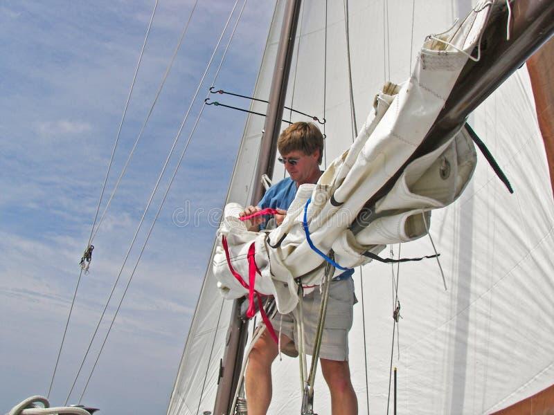 Download Homme de marin image stock. Image du sailboat, détendez - 8661033