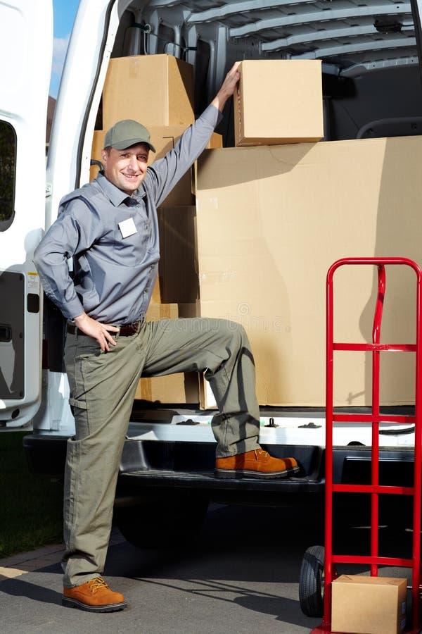 Homme de service postal de la livraison. photos libres de droits