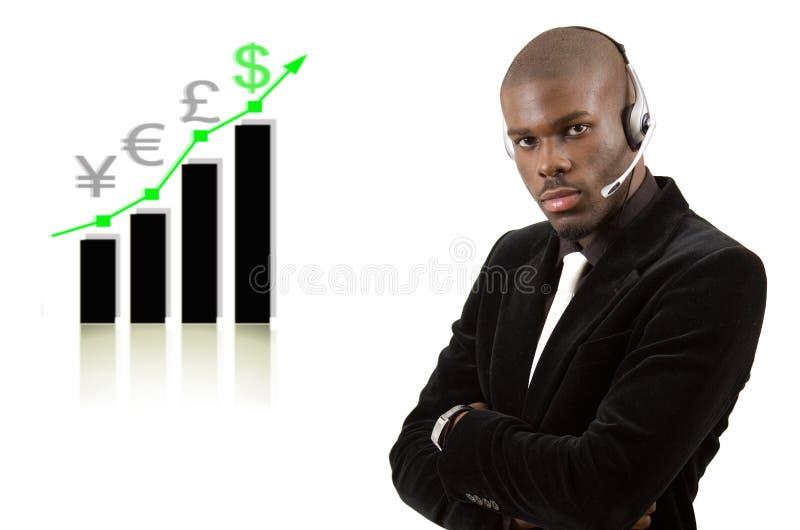 Homme de soutien aux entreprises avec le graphique en hausse images libres de droits