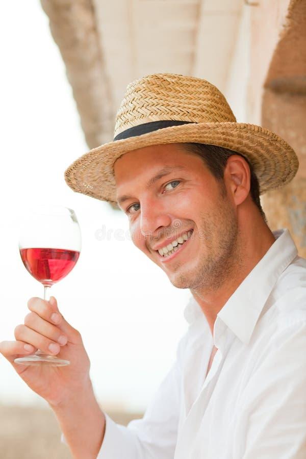 Homme de vin photographie stock libre de droits