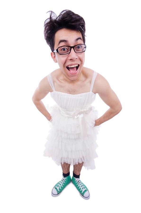 Homme drôle portant chez la robe de la femme image libre de droits
