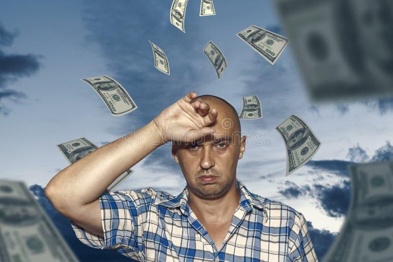 Homme et argent image stock