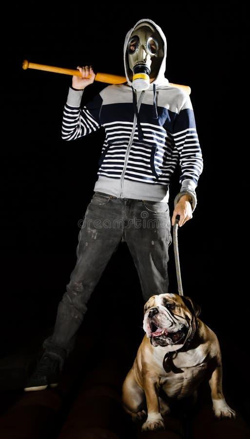 Homme et chien photographie stock libre de droits