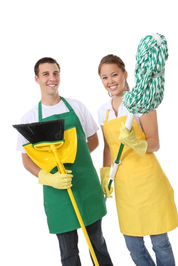 Homme et femme attirants de nettoyage images libres de droits