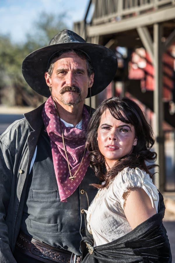 Homme et femme bourrus photo libre de droits