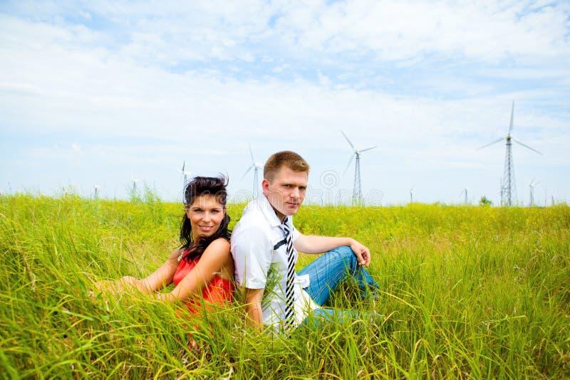 Homme et femme heureux photographie stock libre de droits