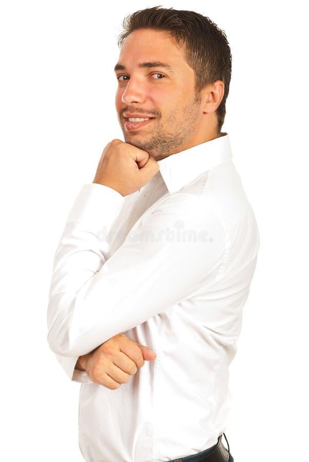 Homme exécutif gai dans la chemise blanche photographie stock