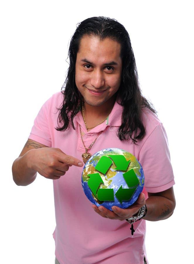 Homme heureux avec réutiliser le globe photographie stock