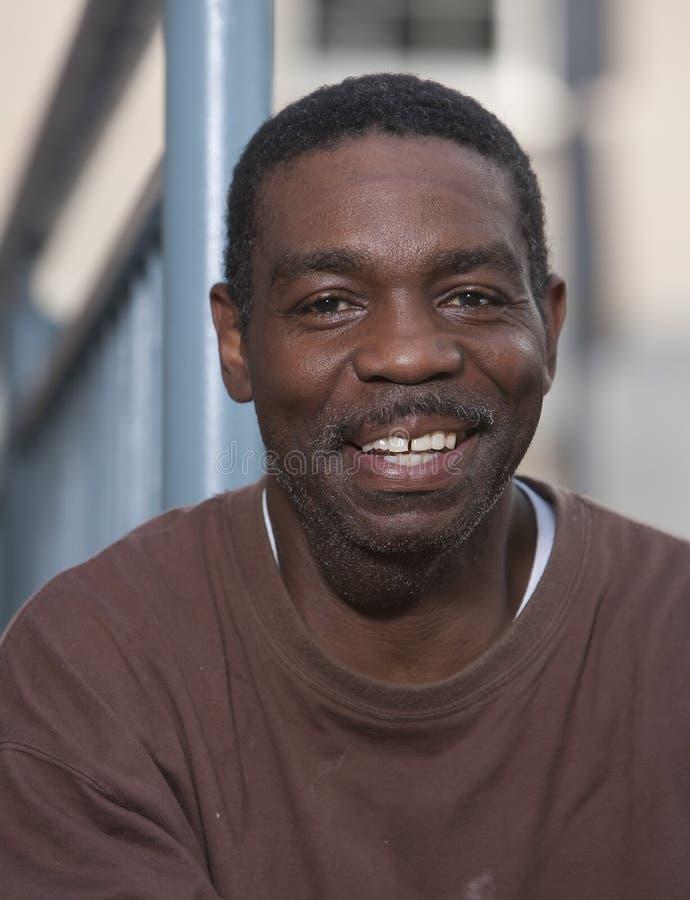 Homme heureux d'Afro-américain image stock