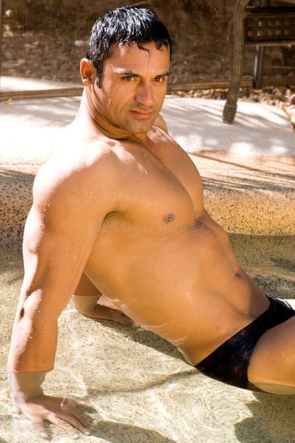 Homme hispanique sexy photo libre de droits