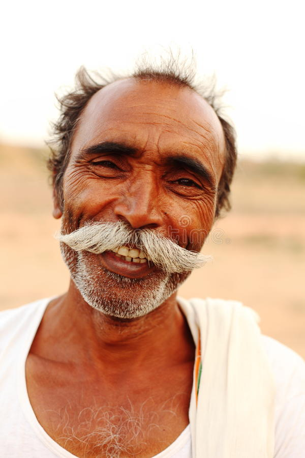Homme indien avec la moustache de guidon photos libres de droits