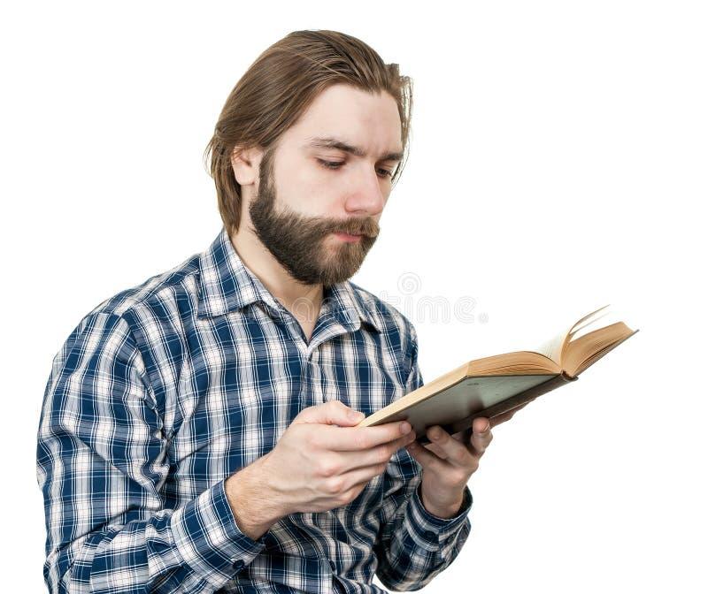 Homme lisant le livre image stock