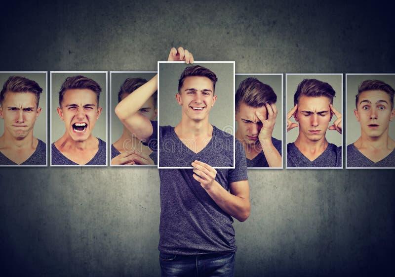 Homme masqué exprimant différentes émotions images libres de droits