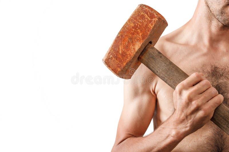 Homme musclé avec torse nu tenant un grand humour photographie stock