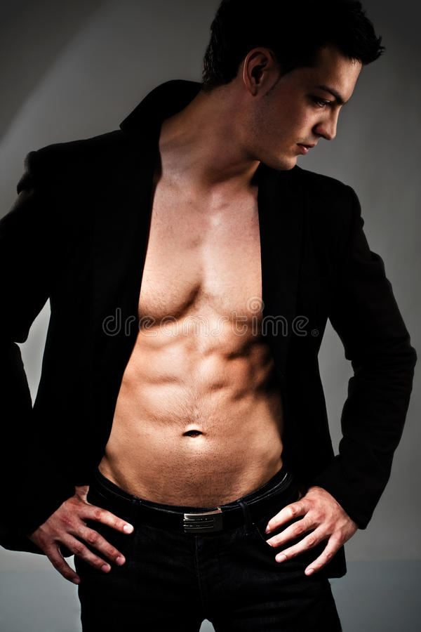 Homme musculaire photo libre de droits