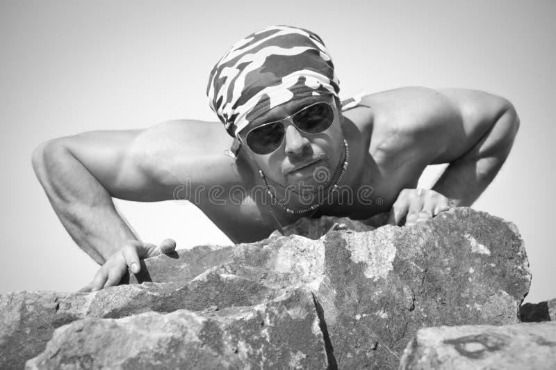 Homme musculaire de Portet photo libre de droits